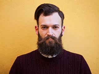 मानसून में इस तरह से रखें दाढ़ी का ख्याल