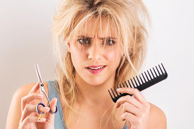 फ्रिजी बालों के लिए