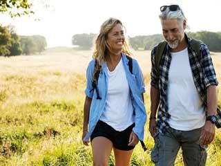 केवल चलने से कम हो सकती हैं 50% दिल की बीमारी से होने वाली मौतें
