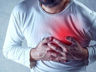 ठंड में बढ़ा दिल की बीमारियों और अस्थमा का खतरा, ऐसे बचें