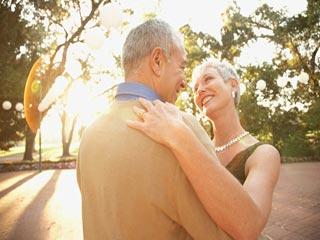 पचास वर्ष की महिला से डेटिंग के टिप्स