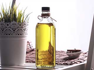 Let the golden oil solve all your beauty woes: Benefits of Argan Oil you just can't Ignore