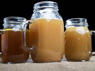 Bone broth:  a new trendy beverage with immense health and nutrition benefits