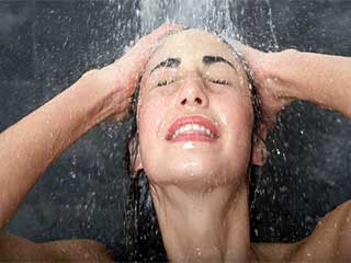 Here is what happens to your body when you skip taking showers for 2 days