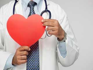 दिल को बीमारियों से बचाने के लिए अपनाएं ये टिप्स!