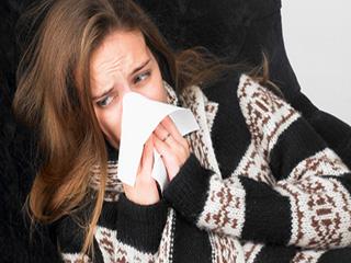 जुकाम से बंद हो गई है नाक? तो इन नैचुरल उपायों से पाएं राहत