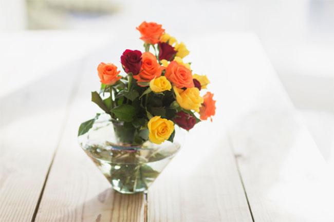 फूलों को ताजा रखें