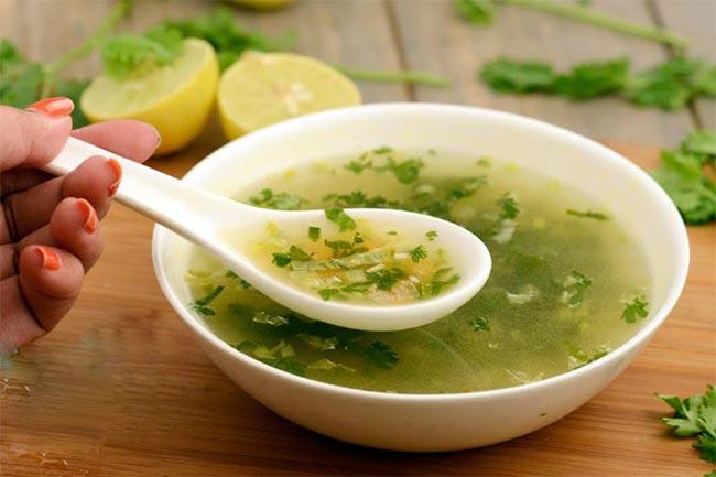 नींबू और धनिये का सूप