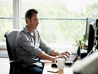 बैठे रहने से हर घंटे बढ़ता है 22 फीसदी डायबिटीज : स्टडी