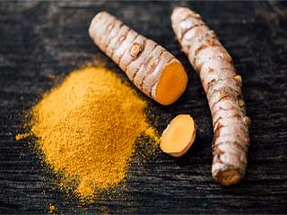 Try turmeric magic for your long hair