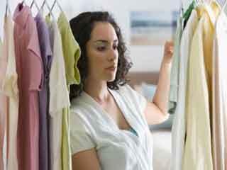 कपड़ों को फफूंद से बचाते हैं ये उपाय