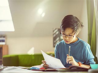 3 Signs that can tell if your child has learning disabilities