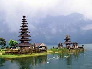 भारत की इन खूबसूरत जगहों पर अेकेले ही जायें