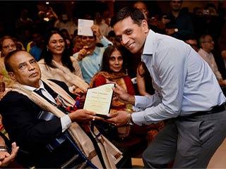 जंग से लेकर पैरालंपिक गोल्ड मेडल जीतने तक प्रेरणादायक है मुरलीकांत की कहानी