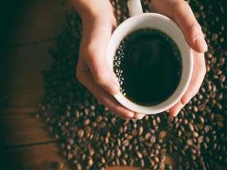 इन 5 तरीकों से सौंदर्य के लिए करें कॉफी का प्रयोग