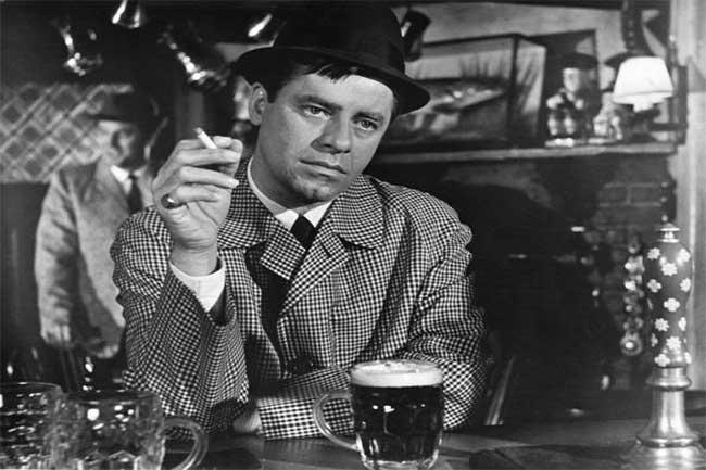 'क्या वाकई तुम शराब नहीं पीते!?'