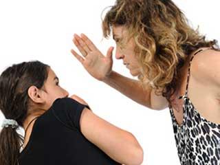 5 कारणों से न करें बच्चों की पिटाई