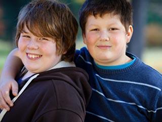 पिता के कारण बढ़ता है बच्चों का मोटापा