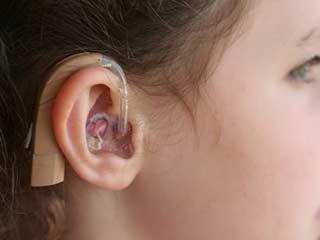 आज के युवा समय से पहले हो सकते है बहरे