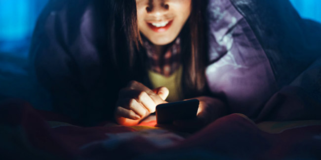 Naughty texting games to have fun all night long