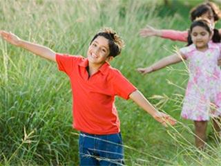 बच्चों को पर्यावरण हितैषी बनाने के फायदों के बारे में जानें