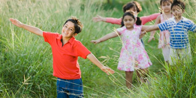 children in park in hindi