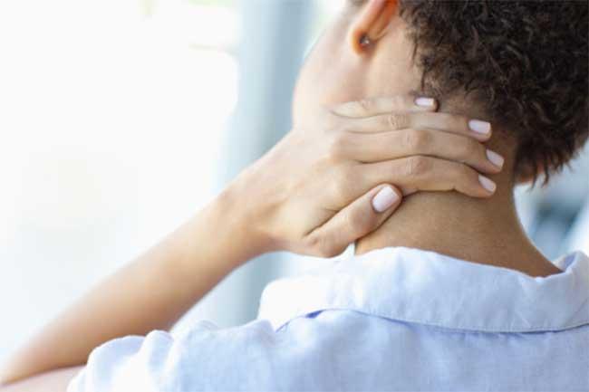 महिलाओं में गर्दन का दर्द