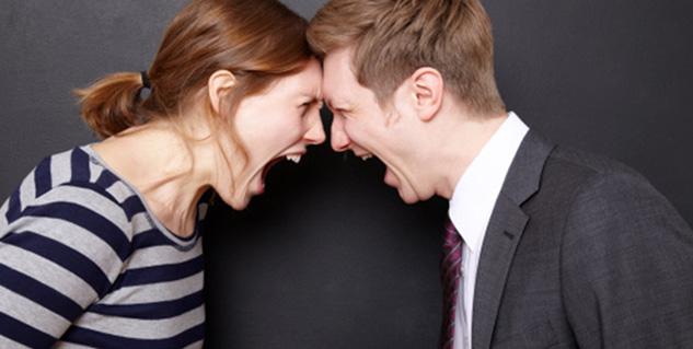 shouting couple in hindi