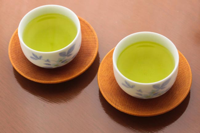 Green tea for sun protection