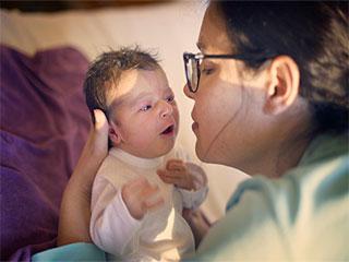 गर्भावस्था के बाद महिलाओं में छिपी भावनाओं को जानें