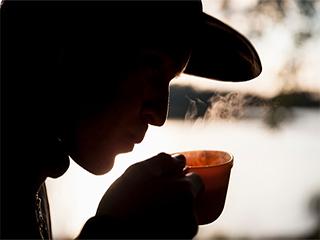 गर्म पानी ज़्यादा पीने से हो सकते हैं ये दुष्प्रभाव