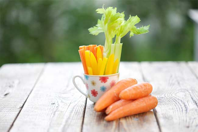 Eat crunchy vegetables and fruits