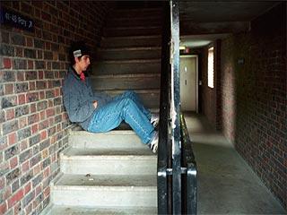 छोटी उम्र में अवसाद से बचने के लिए छोड़ दें ये आदतें