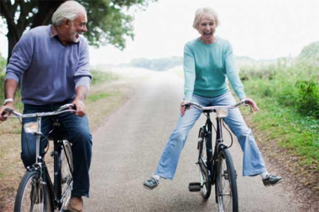 बढ़ती उम्र के साथ बदल जाती हैं सारी आदतें