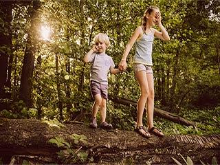 जानें क्यों बड़े बच्चे के स्वास्थ्य के लिए बेहतर होते हैं छोटे बच्चे