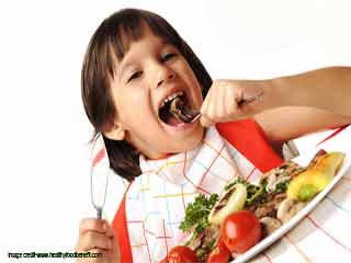 बच्चों के विकास के लिए ज़रूरी आहार