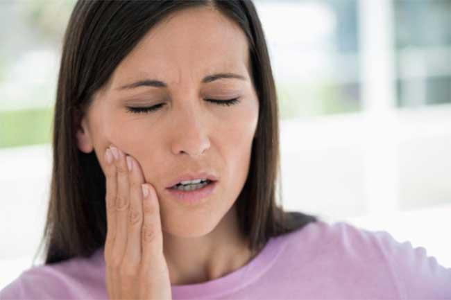 दांतों में दर्द