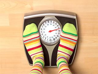 वजन कम करने के चक्कर में मसल्स कमजोर न कर लेना