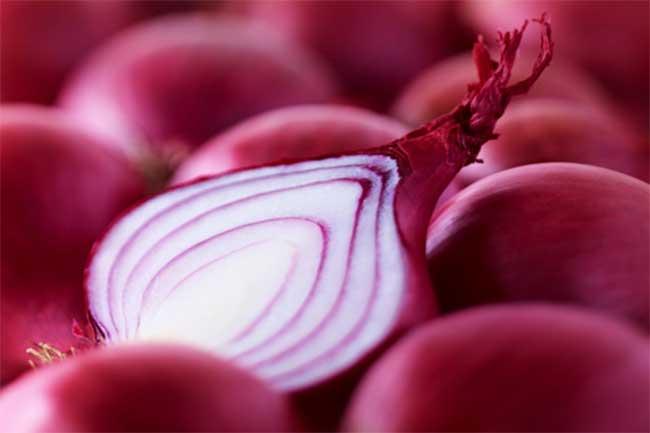 Onion for armpit lumps cure