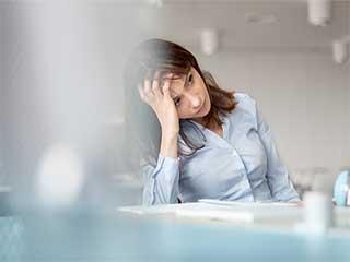 भावनात्मक रूप से मजबूत लोग नहीं कर पाते ये 5 चीजें