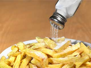 Low salt diet increases the risk of cardiovascular diseases