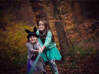 भाई बहनों के बीच संबंध को मजबूत बनाने के टिप्स