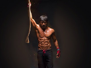 These ten Bollywood celebs will give you new fitness goals