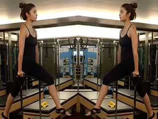 5 Bollywood Actresses who swear by Pilates