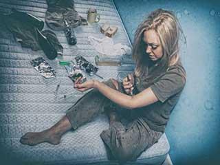 हेरोइन, कोकीन, मेथ और एलएसडी : 4 तरह की ड्रग्स और शरीर पर उनका प्रभाव