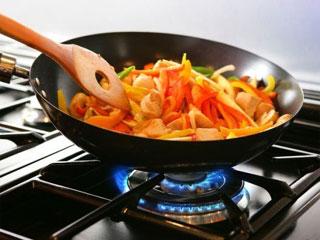 तेज आंच पर खाना पकाना, मतलब दिल की बीमारियों को निमंत्रण!