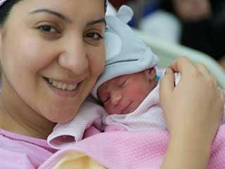नॉर्मल डिलीवरी से मां और बच्चा दोनों रहते हैं स्वस्थ