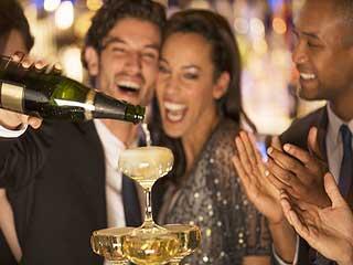 पार्टी में रात भर पिएं ये 4 ड्रिंक नहीं बढ़ेगा वजन