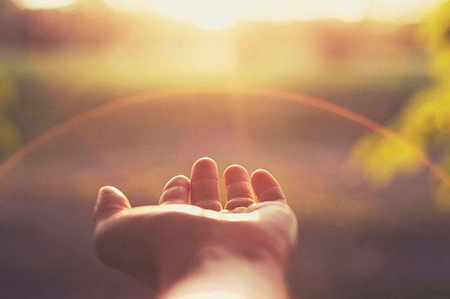 हाथों का आकार बताता है व्यक्तित्व