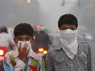 दिवाली से पहले ही गला घोंटने लगी है दिल्ली की हवा